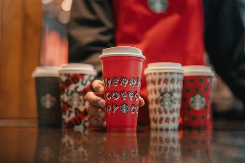 Cup, Cup, Drink, Drinkware, Mug, Coffee cup, Tableware, Pint glass,