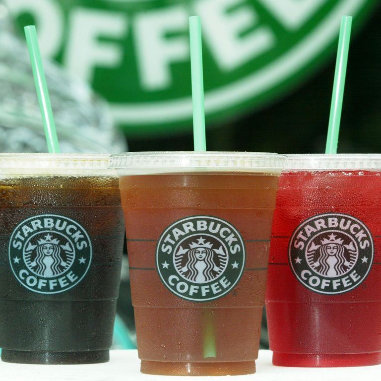Here's Exactly How To Cash In On Free Starbucks Refills