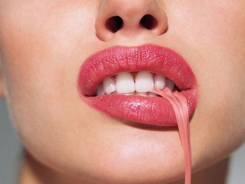 Lip, Cheek, Skin, Chin, Eyelash, Eyebrow, Tooth, Jaw, Organ, Neck,