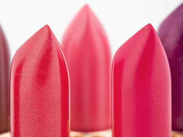 10 Controversial Ingredients In Your Beauty Products