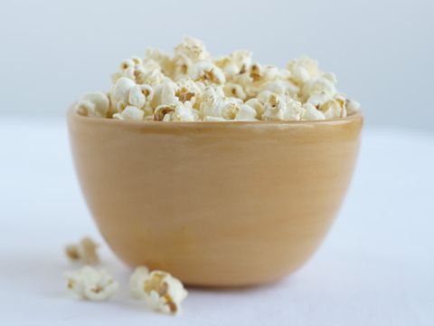 Popcorn, Kettle corn, Yellow, Beige, Bowl, Natural material, Vegetarian food, Snack,