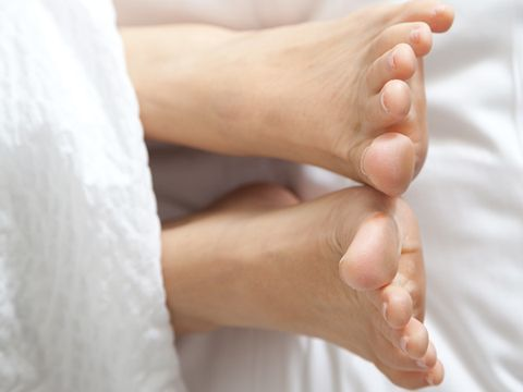 Foot Pain and Foot Fungus: Hairless toes