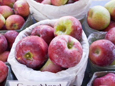 allergy trigger: fruit from the farmer's market