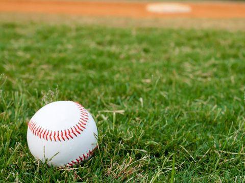 allergy trigger: baseball games