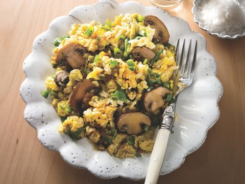Scrambled Grains with Mushrooms