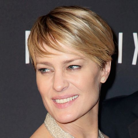 2. Multi-Tonal Blonde: Robin Wright