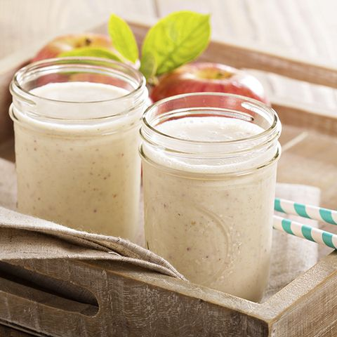 2. Instead of plain oatmeal, try the Apple-Cinnamon Oats Smoothie
