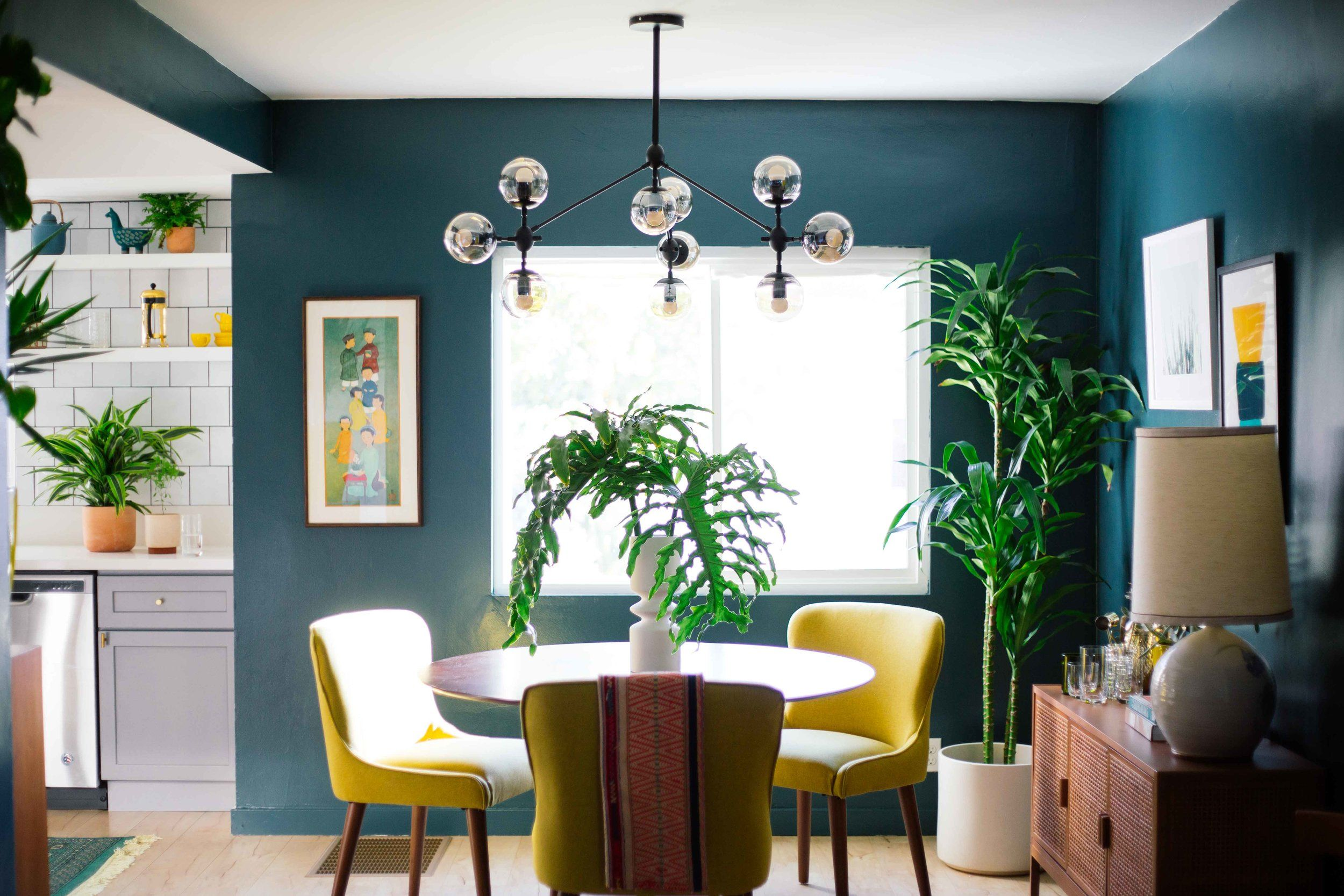 15 Paint Colors That Make A Small Space Feel Massive
