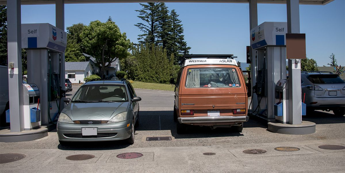 Gas Shortages Fade a Bit, but Thousands of Pumps Are Still Dry