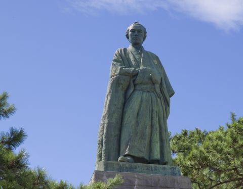 Statue of Sakamoto Ryoma at Katsurahama
