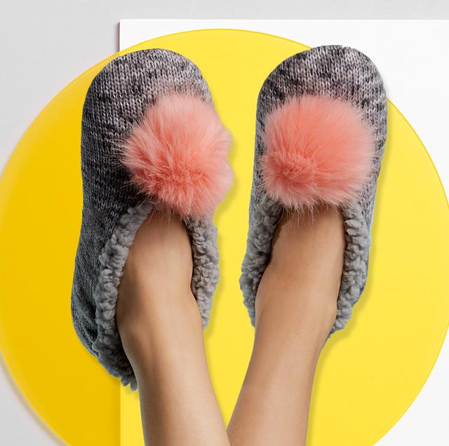 Footwear, Yellow, Slipper, Shoe, Fur, Ballet flat, Ear,