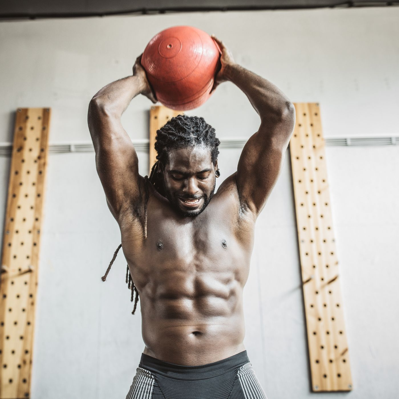 How You Should Use Medicine Balls In Your Workouts