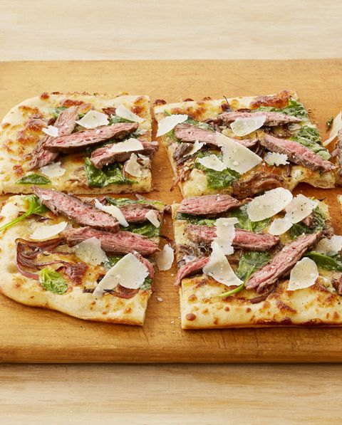 steakhouse pizza with blue cheese