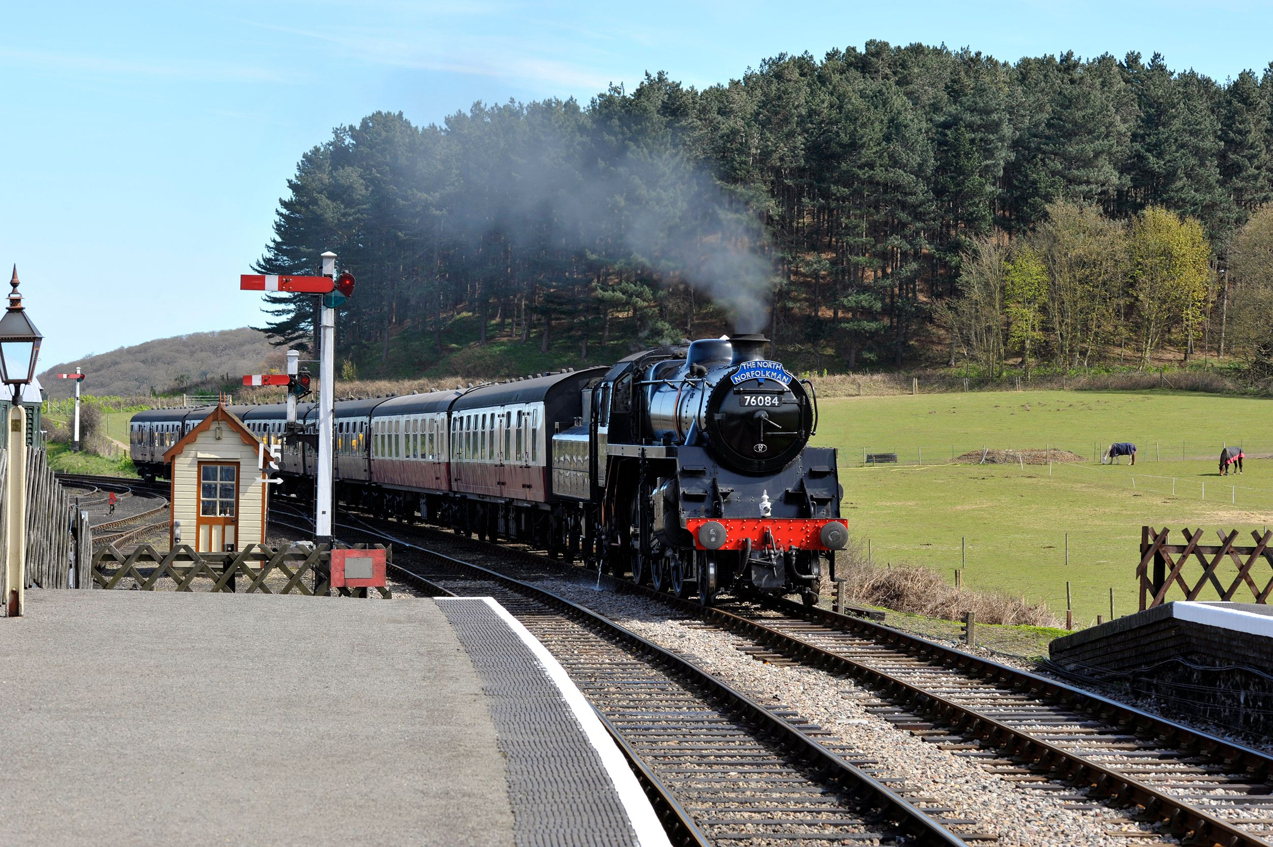 6 steam train rides you need to experience at least once in your life