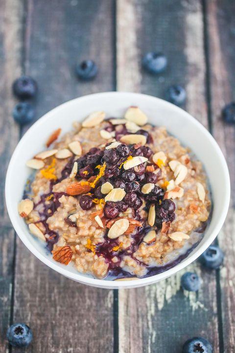 Dish, Food, Cuisine, Ingredient, Breakfast cereal, Meal, Breakfast, Steel-cut oats, Vegetarian food, Oatmeal,