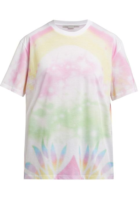 fa4a68b5 Tie dye is a major fashion trend for 2019