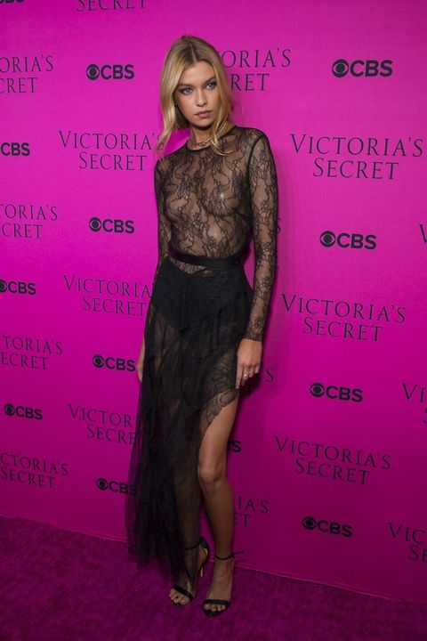 Victorias-secret-pink-carpet