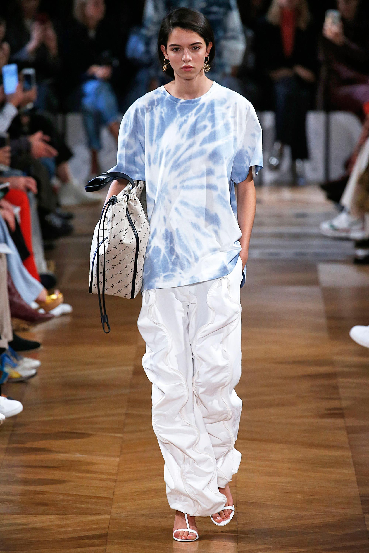 tie dye fashion trend 2019
