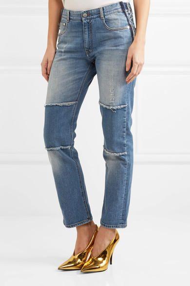 Boyfriend jeansStella McCartney(395 euro su Netaporter.com).