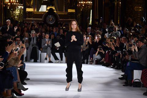 Stella McCartney : Runway - Paris Fashion Week Womenswear Spring/Summer 2017