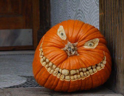 30 creative halloween pumpkin carving ideas awesome jack o lantern designs delishcom
