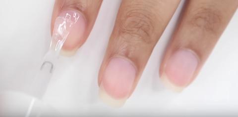 Nail, Nail polish, Finger, Nail care, Manicure, Cosmetics, Skin, Hand, Material property, Peach,