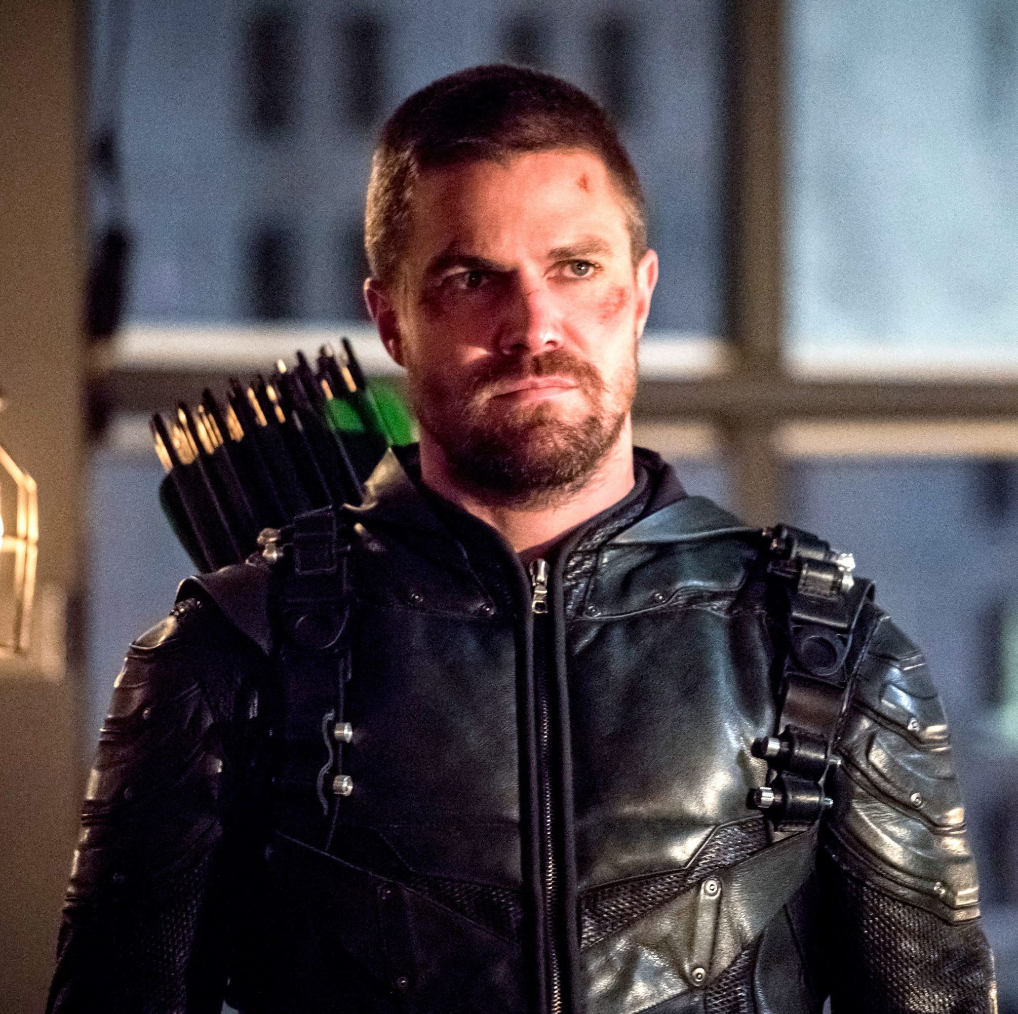 """Arrow's Stephen Amell on not being in DC's movies: """"Why would I wanna be?"""""""