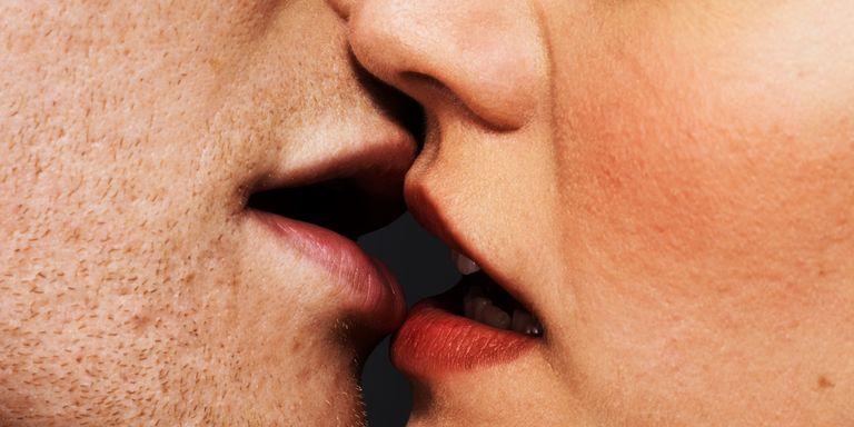 std through kissing
