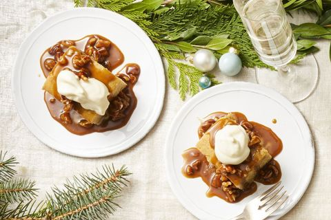 christmas foods - sticky toffee pudding