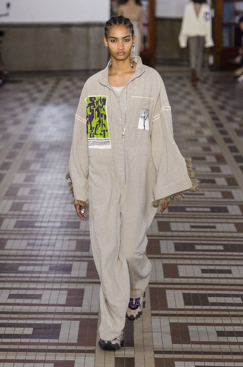vestiti-stile-safari-primavera-estate-2019-acne-studio