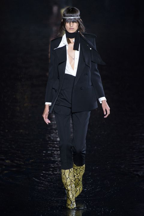 stivali-alti-moda-2019-saint-laurent-by-anthony-vaccarell