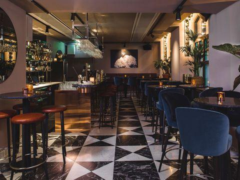 Restaurant, Room, Interior design, Building, Table, Bar, Furniture, Kitchen & dining room table, Tavern, Architecture,