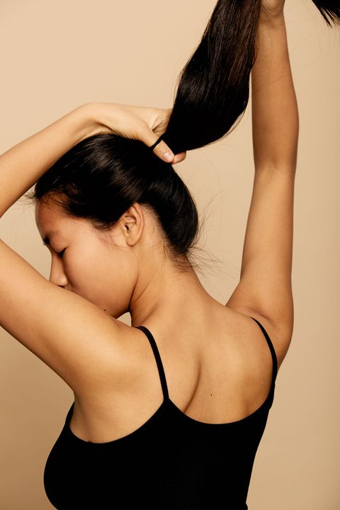 Hair, Shoulder, Skin, Neck, Beauty, Arm, Hairstyle, Black hair, Joint, Back,