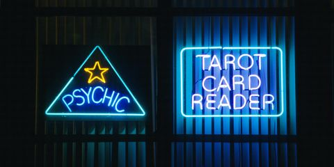 I Was an Online Professional Tarot Card Reader for a Year and This Is What Happened
