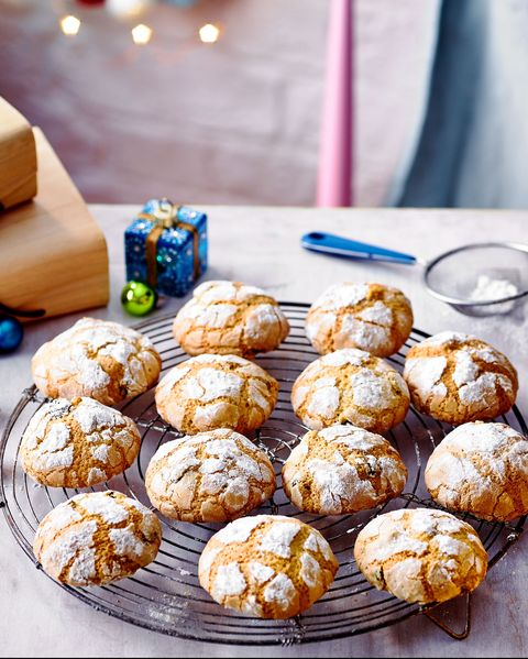best biscuit and cookie recipe stollen crinkle biscuits