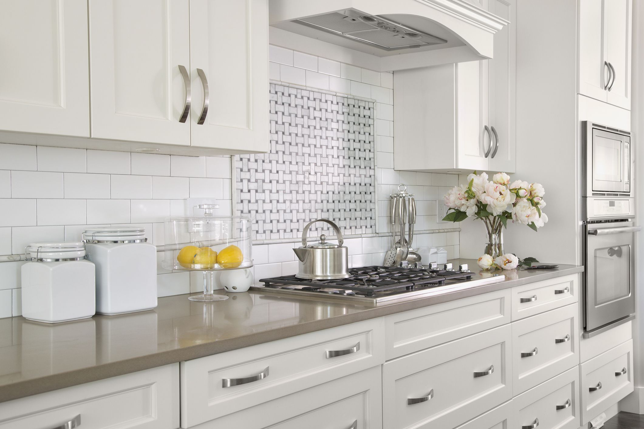 How to Choose the Best Cabinet Doors for Your Kitchen