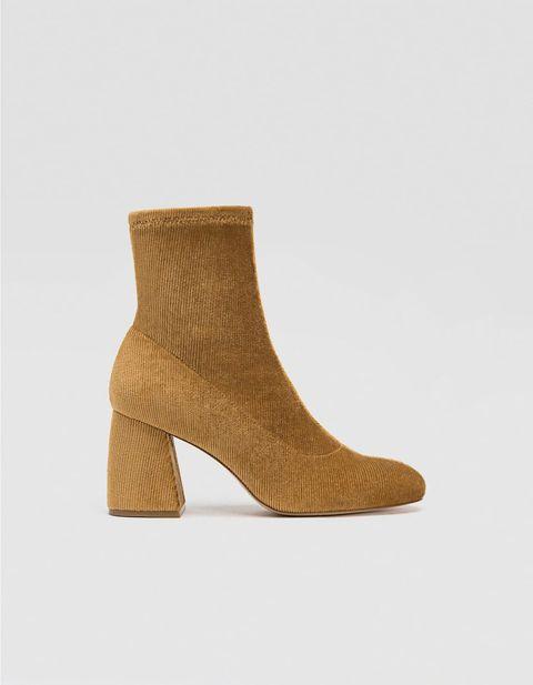 Footwear, Shoe, Tan, Beige, Boot, Leather, Brown, Suede,