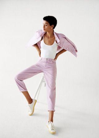 White, Pink, Dance, Sportswear, Footwear, Leg, Dancer, Performing arts, Trousers, Photography,