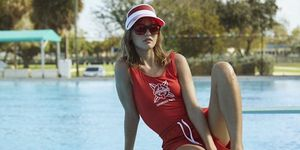 handm-stranger-things-swimwear-collectie