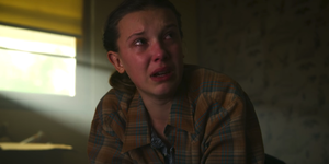 stranger things 3 - eleven pays tribute to hopper