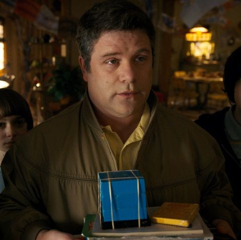 sean astin bob stranger things