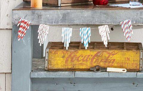 DIY Summer Craft Paper Straw Garland