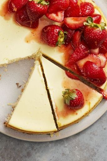 strawberry coconut crust cheesecake