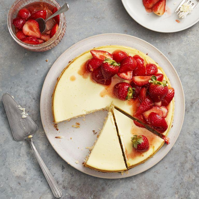 Strawberry Coconut-Crust Cheesecake