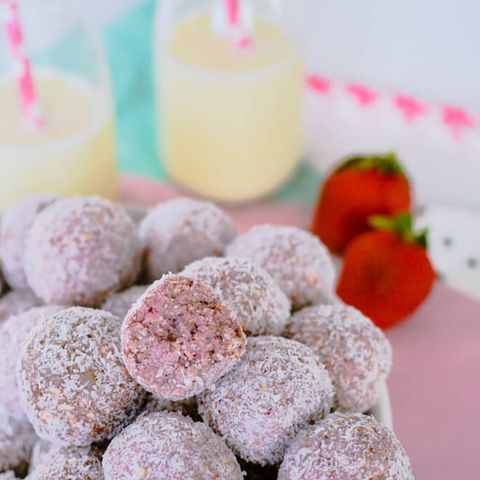 Food, Cuisine, Dish, Dessert, Ingredient, Coconut candy, Bourbon ball, Sno balls, Sweetness, Confectionery,