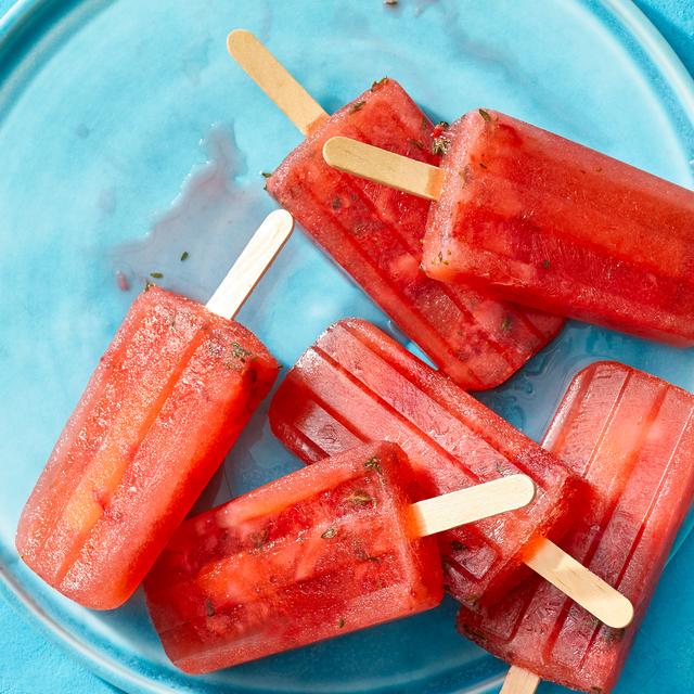 strawberry lemonade ice pops