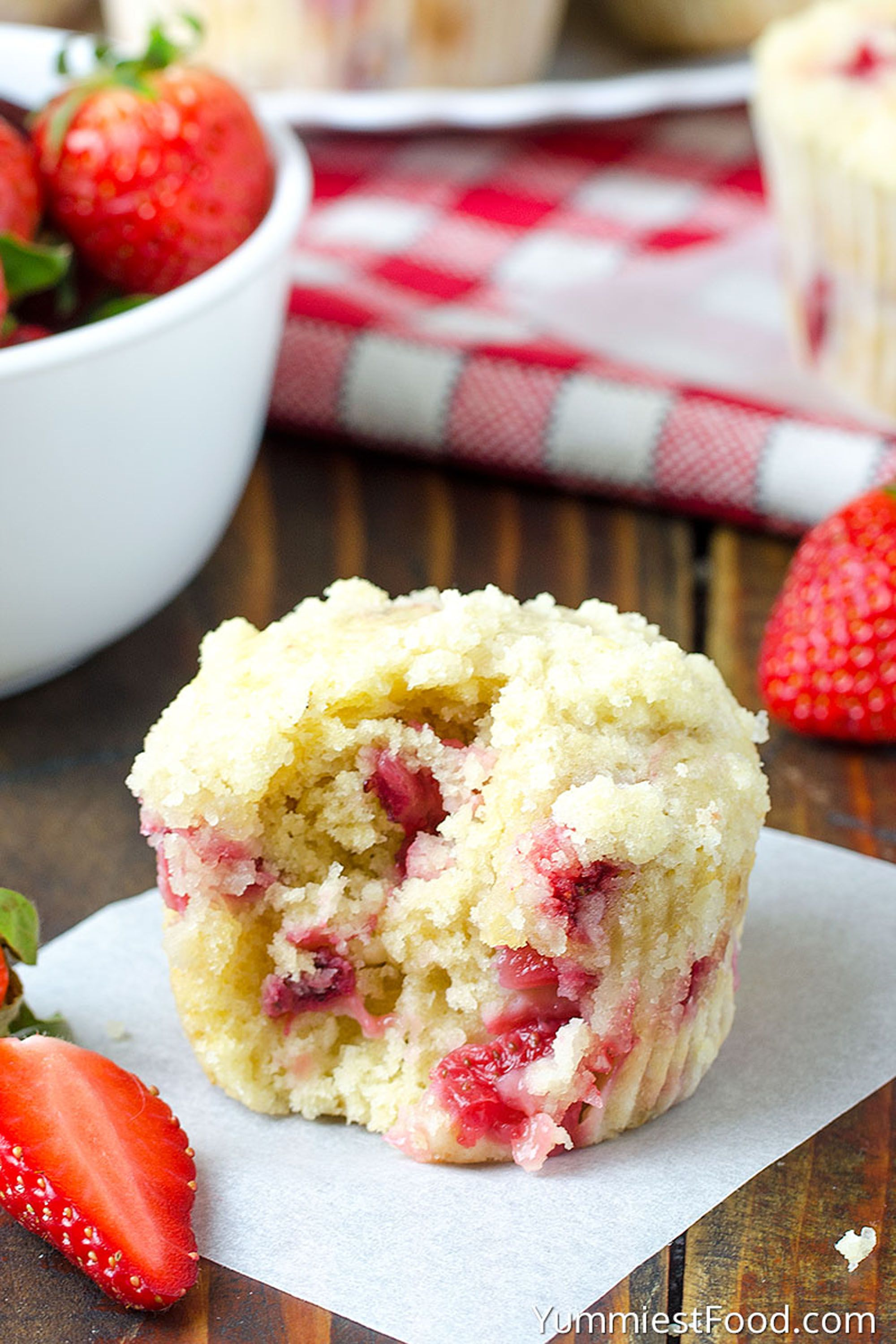 strawberry recipes muffins