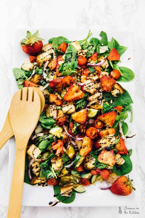 strawberry panzanella spinach salad