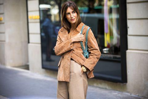 Clothing, Street fashion, Fashion, Coat, Outerwear, Trench coat, Beauty, Yellow, Snapshot, Brown,
