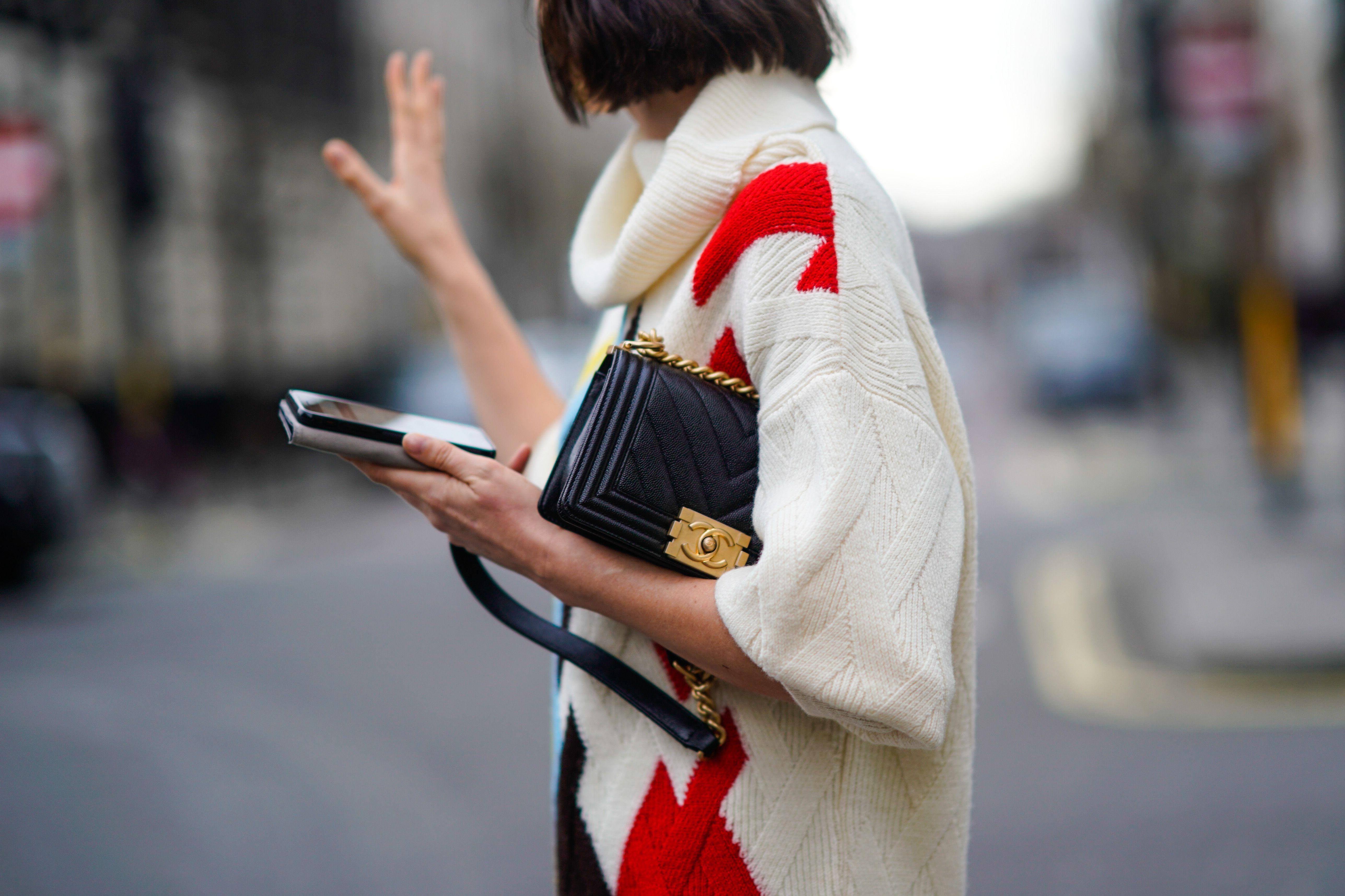 d183acd741 Tiendas de ropa vintage en internet - Las mejores webs para comprar moda de segunda  mano